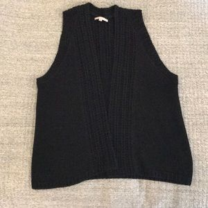Gap ribbed knit vest